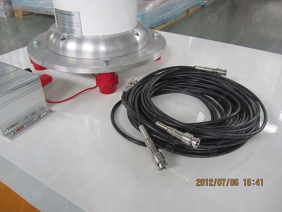 Capacitive Ac Voltage Divider Circuit